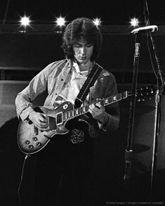 Mick Taylor Photo The Rolling Stones Concert Photo In 1973 By Marty Temme Rock And Roll Bands, Rock N Roll, Rolling Stones, John Mayall, Ron Woods, Recorder Music, Music Pictures, Neil Young, Keith Richards