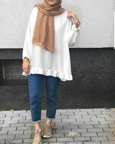 Fashion Hijab Sweety on Today Modest Fashion Hijab, Modern Hijab Fashion, Casual Hijab Outfit, Hijab Fashion Inspiration, Hijab Chic, Muslim Fashion, Modest Outfits, Casual Outfits, Mode Turban