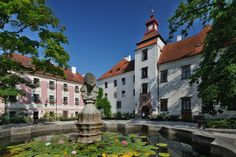 Třeboň Beautiful Places In The World, Most Beautiful, Czech Republic, Mansions, Palaces, Country, House Styles, Southern, Travel