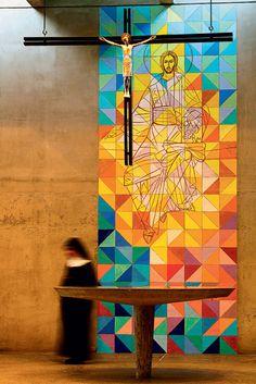 Abadia de Santa Maria, no Tremembé: painel pintado sobre concreto
