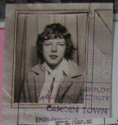 Young David Gilmour Photos (36)