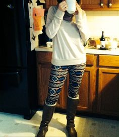 Fall outfit fashion comfy boots leggings