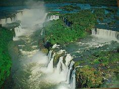 イグアスの滝 「死ぬまでに行ってみたい、世界の名瀑 12」 トリップアドバイザー