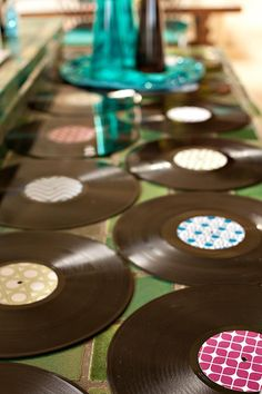 record table runner