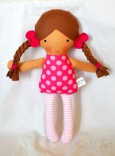 muñecas bonitas de tela01                                                                                                                                                     Más