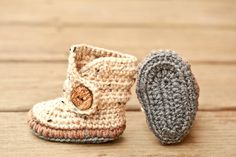 Infant Shoes, Soft Sole Baby Boots, Brown and Gray Gender Neutral Crochet Baby Booties, Oatmeal New Baby Booty, Grey and Taupe Newborn Shoes