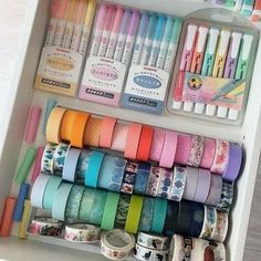 Organized, colorful stationery drawer Source by cariciabaje Stationary Organization, Room Organization, Diy Organisation, Craft Room Storage, Cool School Supplies, Cute Stationary School Supplies, College School Supplies, Study Room Decor, Room Setup