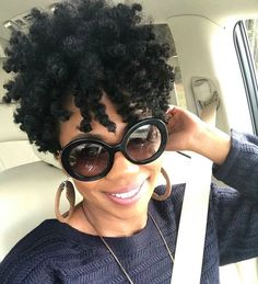 easy hairstyles for school hair actress hairstyles quinceanera hairstyles hairstyles afro hair vancouver hair institute hairstyles homecoming Tapered Natural Hair, Pelo Natural, Short Natural Styles, Pelo Afro, Natural Hair Inspiration, Natural Hair Journey, Crochet Hair Styles, Hair Goals, New Hair