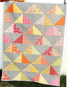 HST Quilt Ash Kona + pink + orange + yellow + a piece or two of citron Lap Quilts, Scrappy Quilts, Mini Quilts, Quilt Blocks, Beginner Quilt Patterns, Quilt Tutorials, Half Square Triangle Quilts, Square Quilt, Quilting Projects