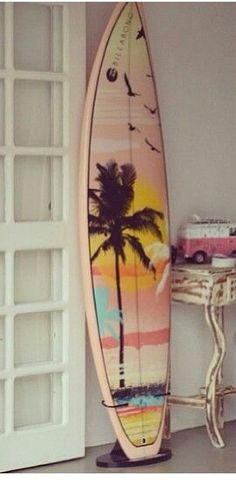 Barbados Surfing conditions are ideal for any level of surfer. Barbados is almost guaranteed to have surf somewhere on any given day of the year. Hawaii Surf, Surfboard Art, Skateboard Art, Deco Surf, Wind Surf, Vw Beach, Posca Art, Summer Surf, Skate Surf