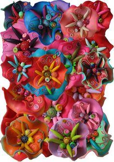Vous pouvez me joindre au 06 80 52 56 00, par mail c'est : laure.bonnet@leaaimelesfleurs.com, et voici quelques endroits où vous pouvez trouver mon travail, au milieu des créations d'autres faiseurs, artistes et artisans :