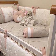 Queridos papai e mamãe, estamos aqui para ajudá-los com a decoração do quartinho do seu pequeno. Podemos personalizar o kit, especialmente para ele. Combinando cores, estampas,e temas, para tornar esse cantinho único. As peças do kit, podem ser vendidas separadamente, ou seja, você monta o kit... Nursery Bedding Sets, Cot Bedding, Baby Nursery Decor, Baby Bedroom, Baby Decor, Nursery Room, Comforters, Baby Comforter, Baby Pillows