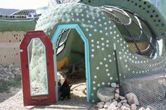 Earthship coop. I will have one like this for my hens!!! Some day....