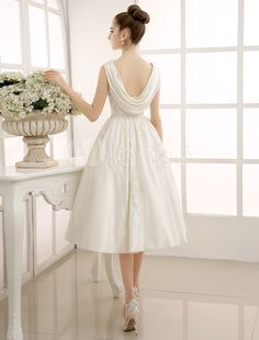 A-Line Tea-Length Beaded Lace Wedding Dress with Bateau Neck