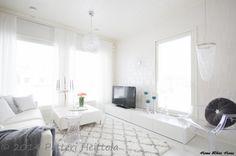 White Living Room - Home White Home Carpet