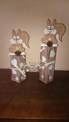 Herbst - Eichhörnchen Herbstdeko auf Holzpfosten - ein Designerstück von Jennys-Holzstuebchen bei DaWanda
