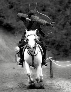 Traditional Korean archery -- on horseback. This is REALLY difficult shooting people.