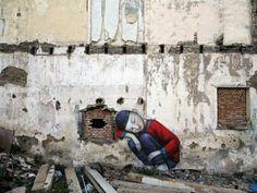 Julien Malland aka Seth, artiste français, vient de passer quelques temps à Shanghai, en compagnie de l'artiste Shi Zheng. Comme toujours, l'artiste utilise son art pour faire réagir sur la place de l'être humain dans son environnement. C'est encore le cas avec cette magnifique série de peintures réalisées dans des friches de quartiers entièrement détruits au profit des promoteurs. Les deux artistes ont marqué de leurs peintures les murs et ont rendu hommage aux anciens habitants…