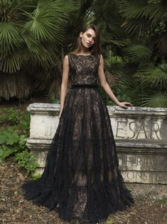 PR18 44 Sleeveless, Round Neck Gossamer Lace Gown Dress Pesta, Fall 2018, Beautiful Eyes, My Wardrobe, My Outfit, Ready To Wear, Gowns, Lace, Womens Fashion