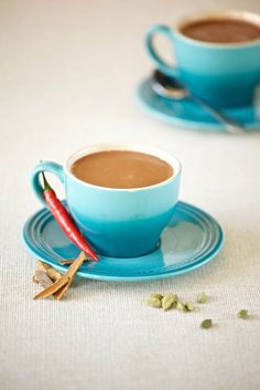 Spiced Chilli Hot Chocolate - We'll have to give this a go soon! Hot Chocolate Ingredients, Chocolate Recipes, Chocolate Coffee, Melting Chocolate, Coffee Biscuits, Great Recipes, Favorite Recipes, Sugar Free Treats, Cream And Sugar