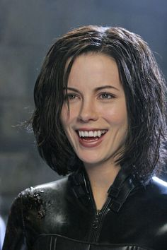 """Kate Beckinsale wearing my """"improved"""" vampire fangs for """"Underworld- Evolution"""". I made the fangs stronger with better fit and retention and became a stickler for getting natural incisal qualities and color matchs. Underworld Selene, Underworld Movies, Underworld Vampire, Underworld Costume, Female Vampire, Vampire Girls, Vampire Fangs, Vampire Queen, Underworld Kate Beckinsale"""