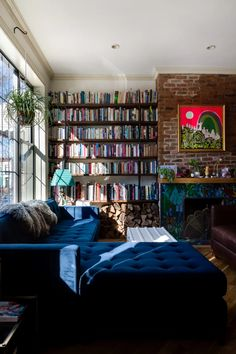 The Nordroom - Exposed Brick and Bookshelves in A Fun Brooklyn Family Home With Colorful Wallpaper Home Design, Home Library Design, Design Ideas, Library Ideas, Dream Library, Design Projects, Style At Home, Blue Couches, Home Libraries