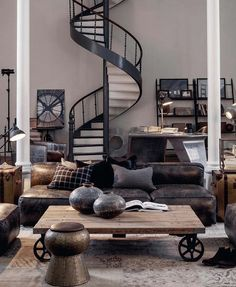 fantastique escalier conception en spirale avec un beau design