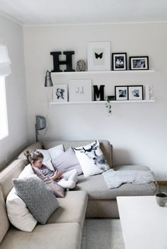 Interior Planning Tips Tricks And Techniques For Any Home. Interior design is a topic that lots of people find hard to comprehend. However, it's actually quite easy to learn the basics of effective room design. Living Room, Room, Home Living Room, Interior, Home, House Interior, Home Deco, Room Decor, Home And Living