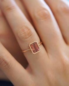 Popular Engagement Rings, Round Diamond Engagement Rings, Gemstone Engagement Rings, Designer Engagement Rings, Solitaire Engagement, Famous Jewelers, Gold Ring Designs, Ring Verlobung, Gold Rings