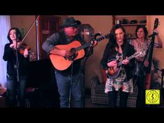 Trinity River Band - You Can't Walk All Over Me (LIVE) Sarah Harris (mandolin), Joshua  (banjo), Brianna (fiddle), Mike (guitar), and Lisa (bass) from Callanhan, Florida #bluegrass