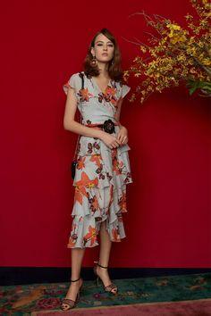 Etro Pre-Fall 2018 Collection Photos - Vogue