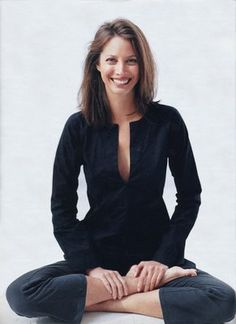 model icon on pinterest christy turlington harpers. Black Bedroom Furniture Sets. Home Design Ideas