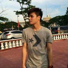 Ronnie Alonte, Pinoy, Mens Tops, T Shirt, Fashion, Supreme T Shirt, Moda, Tee Shirt, Fashion Styles