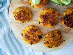 Kumara Hash Browns Healthy Food Options, Healthy Snacks, Healthy Recipes, Vegetarian Recipes, Kumara Recipes, Hash Recipe, Snack Recipes, Cooking Recipes, Cooking With Olive Oil