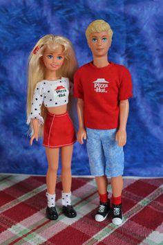 Skipper and Kevin Barbie 90s, Barbie Skipper, Vintage Barbie Dolls, Fairy Tale Story Book, Teen Boyfriend, Lifeguard Chair, Face Mold, Barbie Family, Beautiful Barbie Dolls