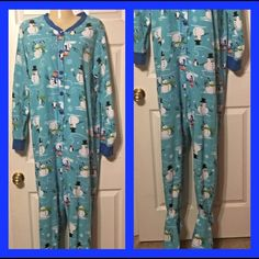 Snow man onsie Get and save for next year in great shape no flaws Intimates & Sleepwear Pajamas
