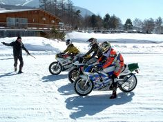 NSR250 ice racing in Japan