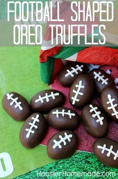 Hosting a Super Bowl party? Make these Football Shaped Oreo Truffles for any tail gate or football pot luck! Football Treats, Football Party Foods, Football Cookies, Football Food, Kool Aid, Superbowl Desserts, Oreo Truffles Recipe, Oreo Recipe, Game Day Food