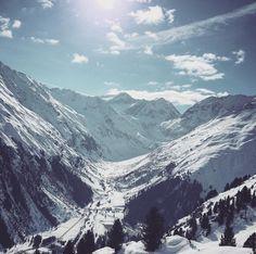 Tag 23 wurde soeben auf der Tirol Snow Card verbucht  wir sind schon ganz gespannt wieviele Tage es tatsächlich am Ende des Saison sein werden. Bisschen mehr powpow könnte es aber schon geben wenn man sich mal ne Saisonkarte holt... #luxusprobleme