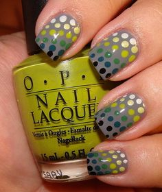 Check out this excerpt of a post from OnSugar blogger Beautopia, who created this cool polka dot gradation manicure a few weeks back:  I used an awesome Essence polish from the Surfer Girl collection as the base. It was sent to me in a swap from the