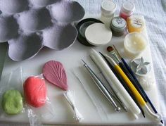 Hibiscus Tutorial. Learn how to make a beautiful sugar/ gumpaste Hibiscus