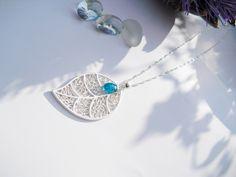 Apatit an Silberkette  925er  mit großem Blatt von flowerring SchmuckAlternativen auf DaWanda.com