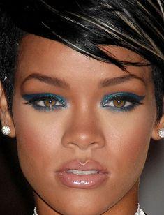 Sparkly navy blue eyes