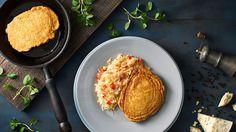 Vepřové řízky v bramborákovém těstě Thing 1, Ale, Ethnic Recipes, Food, Basket, Red Peppers, Ale Beer, Essen, Meals