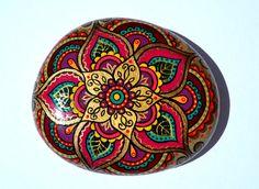Main peint Rock, Magic Rock, galets, tableau, Pierre Style Mandala, peinture…