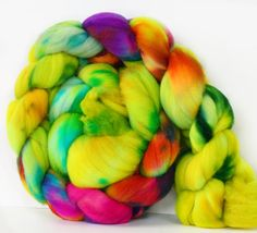West Coast 4 oz Targhee Roving Wool by atomicblue
