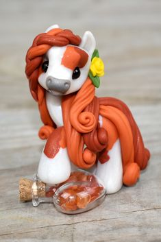 Genuine and original polymer clay sculpture designed and handmade with love by Elisabete Santos Sculpey Clay, Cute Polymer Clay, Cute Clay, Polymer Clay Charms, Diy Clay, Clay Crafts, Polymer Clay Sculptures, Polymer Clay Animals, Polymer Clay Creations