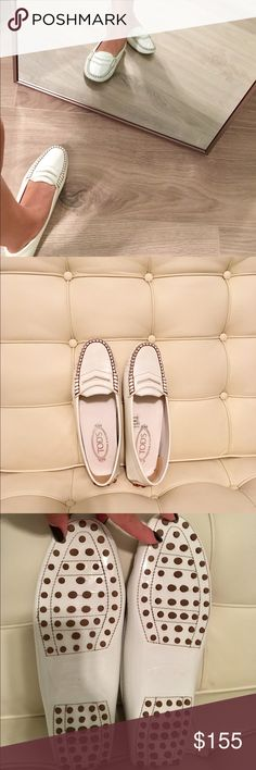 💯% authentic Tod's loafers Very good pre-owned condition. No returns , no trades . Tod's Shoes Flats & Loafers
