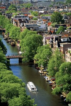 "ღღ Amsterdam ~ is known as the ""Venice of the north"" because of its lovely canals that criss -cross the city, its impressive architecture and more than 1500 bridges, located in the Netherlands."