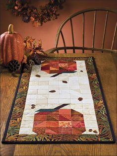 Quilting - Holiday & Seasonal Patterns - Autumn Patterns - Patchwork Pumpkins Runner
